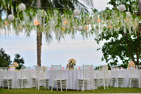 Your Wedding Reception Is A Celebration Of New Marriage And Should Be As Unique You Are Make It An Event To Remember Whether Elegant